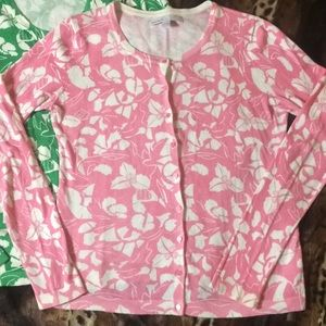 Old Navy Sweaters - BNWOT OLD NAVY Floral Print Scoop Neck Cardigan